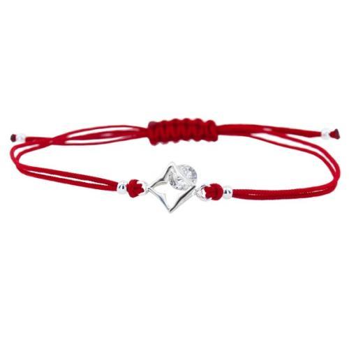 Гривна с червен конец и сребърен елемент с циркон В7