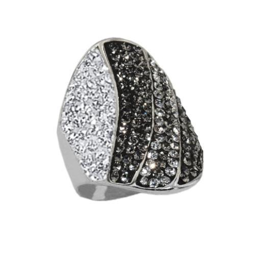 Сребърен пръстен с кристали от Swarovski®  SP673
