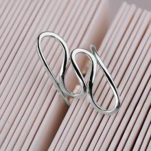 Модерен сребърен пръстен